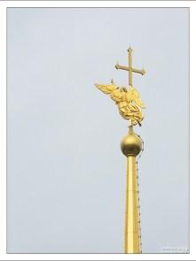 Ангел на шпиле Петропавловского собора.