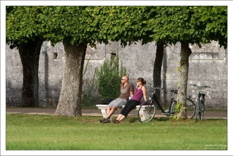 Перерыв в велопрогулке. Парк около замка Шамбор.