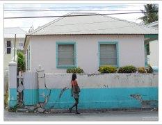 Жительница города Bridgetown.
