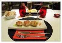 """Обед в ресторане """"Petit food and tales""""."""
