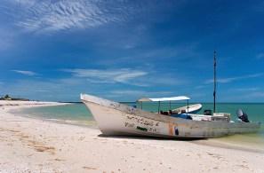 Старая мексиканская лодка.