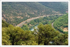 Зеленая река Тарн, создательница долины.