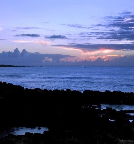 Залив Кука на западной стороне острова.