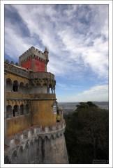 Смотровые башни на террасах Дворца Пена.