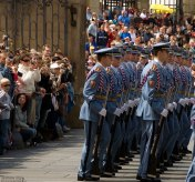 Почетный караул обеспечивает охрану Пражского Града и проведение воинских церемоний во время встреч глав иностранных государств.