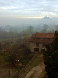Деревушка San Giovanni в горах Аурунчи.