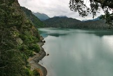 Спокойные зеленые воды залива Качемак.
