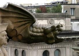 Свирепая и мокрая горгулья. Duomo. Милан.