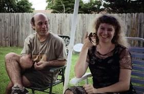 Джеф, Катя и краб. Вечеринка у Робина.