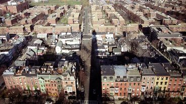 Панорама с вершины обелиска Bunker Hill Monument на Charlestown.