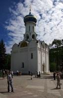 Храм Сошествия Святого Духа (15-й век), где покоятся мощи преподобного Максима Грека. Троице-Сергиева Лавра.