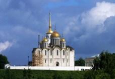 Успенский собор (12-й век), заложен при Андрее Боголюбском. Владимир.