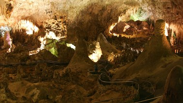 Big Room - Большая комната. Carlsbad Caverns National Park.