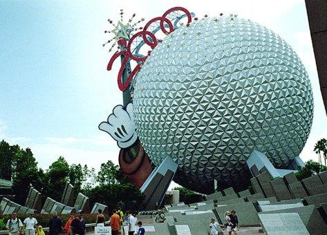 """Аттракцион """"Космический корабль Земля"""". Epcot Theme Park, Disney World."""