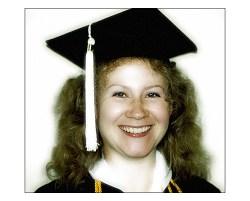 Церемония вручения дипломов в колледже. Июнь, 2002 год.