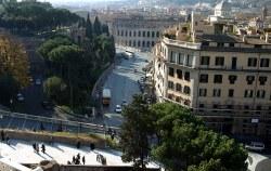 Вид с террасы дворца Виктора Эммануэля.