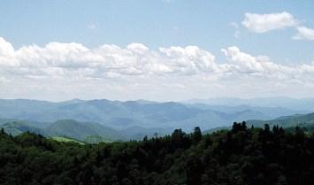 Панорама с тропы Alum Cave Bluffs Trail. Great Smoky Mountains. Май, 2001 год.