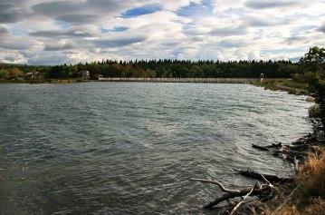 Южная часть озера Naknek Lake, и закрытый (от медведей) переход на другую сторону.