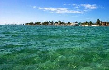 Перспектива острова с воды.