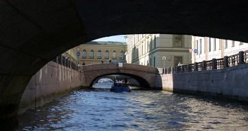 Зимняя канавка и вход в Неву.