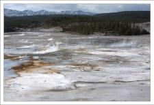Гейзеровый бассейн Норриса назван в честь одного из первых рейнджеров парка.