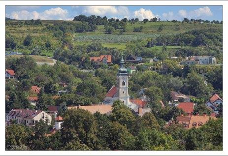 Летом на территории крепости проводятся стилизованные средневековые ярмарки и рыцарские турниры.