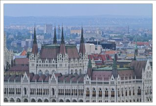 Воздушные башни Венгерского Парламента.