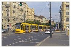 Современный трамвай.
