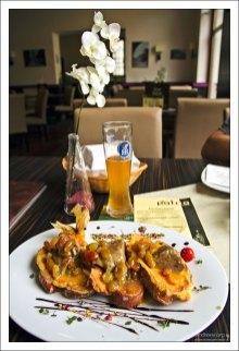 """Обед в ресторане """"Pátria Cafe"""" в городе Székesfehérvár."""