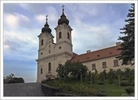 Бенедиктинское аббатство св. Аньоша на полуострове Tihany.