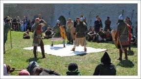 «Игры варягов» - те нехитрые развлечения, которые воины практиковали во время отдыха и стоянок.