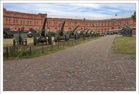 В коллекции военно-исторического музея артиллерии свыше 850 тысяч экспонатов.
