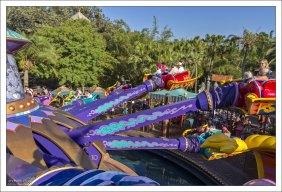 Карусель The Magic Carpets of Aladdin.