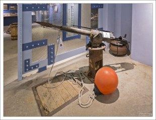 Гарпунная пушка в секции об истории китобойного промысла.