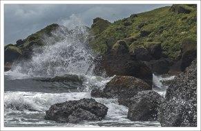 """Бешеный прибой. На пляже Рейнисфияра бывают """"sneaker waves"""" - бесшумные волны-убийцы."""