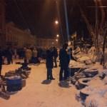 baricade-Lviv-primarie-proteste-barricades-Lviv-city-hall-Ucraine