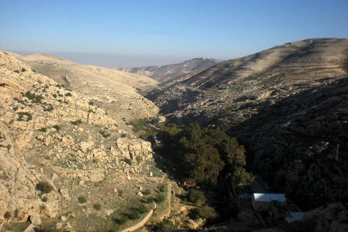 Ein Prat: un'oasi… occupata