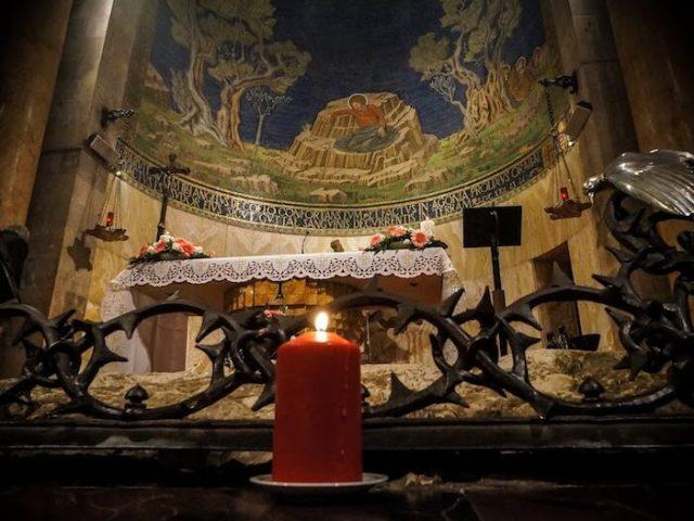 Un canto e un lume, tra noi e le sorelle anche suor Rima