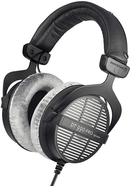 Best Headphones Under $200 in 2020 15
