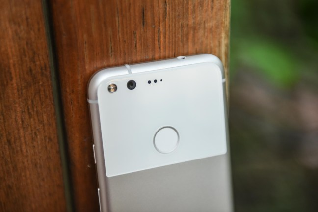 google-pixel-review-8 Google Pixel + Pixel XL review Android