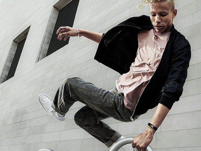 Galaxy Fit Guy Skateboard