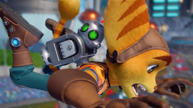 Ratchet And Clank Rift Apart Ratchet Falling
