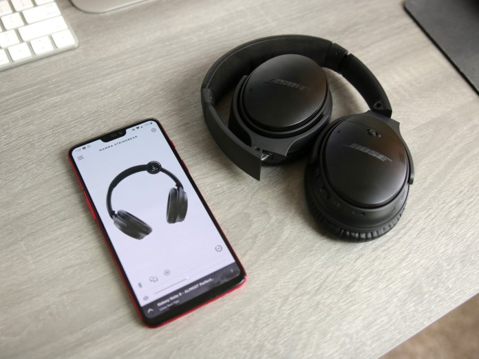 Bose QC35 II with Android phone