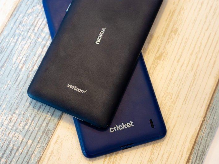 Nokia 2V et Nokia 3.1 Plus