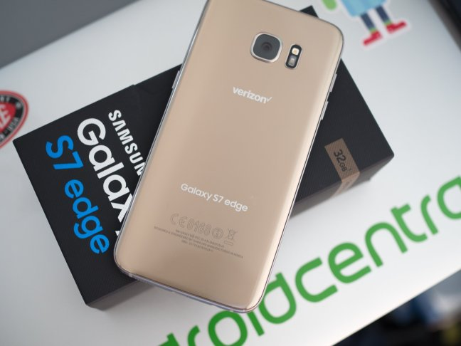 galaxy-s7-edge-with-box Best Phone For Seniors Android