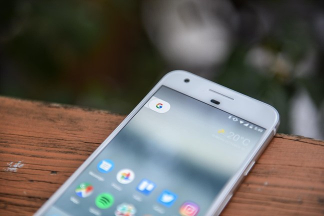 google-pixel-review-13 Google Pixel + Pixel XL review Android