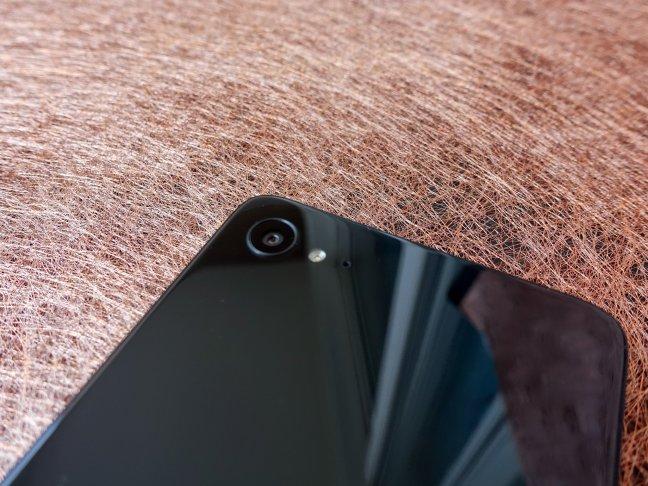 lenovo-z2-plus-hands-04 Lenovo Z2 Plus review: Meet the new flagship killer Android