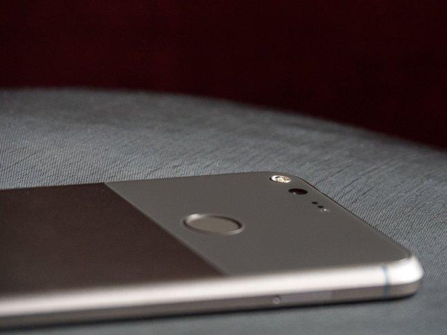 pixel-xl-14 Google Pixel + Pixel XL review Android