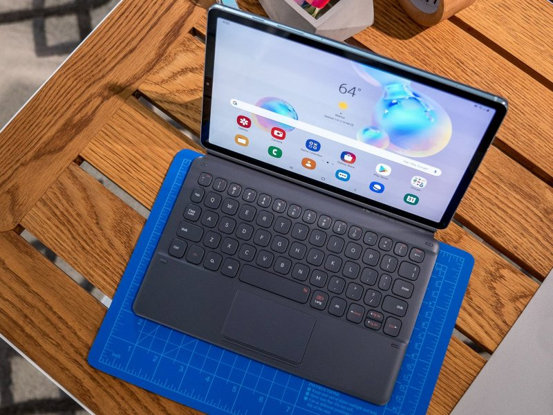 Samsung Galaxy Tab S6 with keyboard