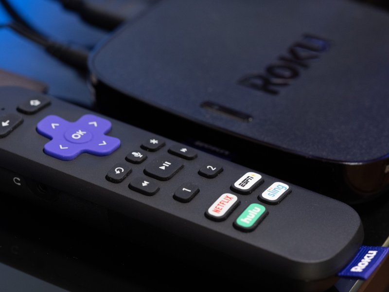 Roku Ultra and remote